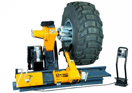 Automatic Truck Tyre Changer - S 560