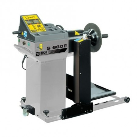 Truck/Car Wheel Balancer - S 680 E